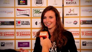 Oranje Shownieuws was te gast bij Fan Café te Enschede Melissa Smilda
