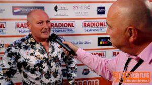 Oranje Shownieuws was te gast bij Mega Piratenfestijn in Oldebroek met Mannes