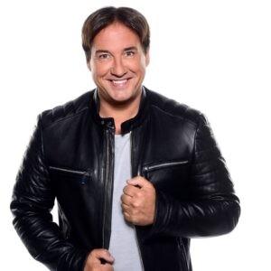Alex geeft 5 november een telefonisch interview in het RADIONL programma 'Op Volle Kracht'