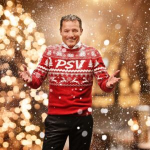 John de Bever én PSV-sterren scoren unieke Kersthit