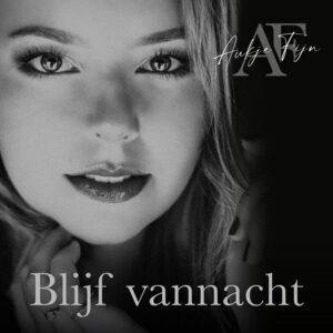 Met haar single 'Blijf vannacht' betovert Aukje Fijn de harten van haar fans