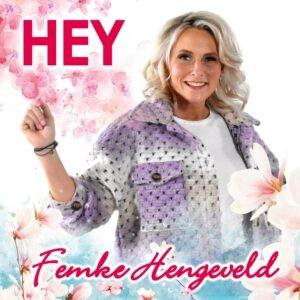 Femke Hengeveld presenteert catchy en vrolijke single 'Hey'