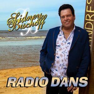 Sidney Bischoff steekt 'Radio Dancing' van Engelbert Humperdinck  in Nederlandstalig jasje