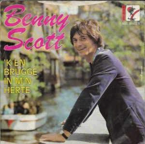 VBRO-Trotsplaat voor Benny Scott
