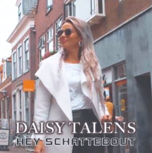 Daisy Talens met haar SCHATTEBOUT VBRO Trotsplaat
